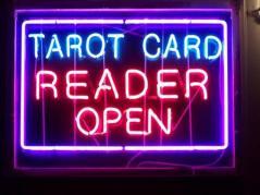 Tarot_Reader_Open